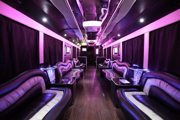 Cali Party Bus