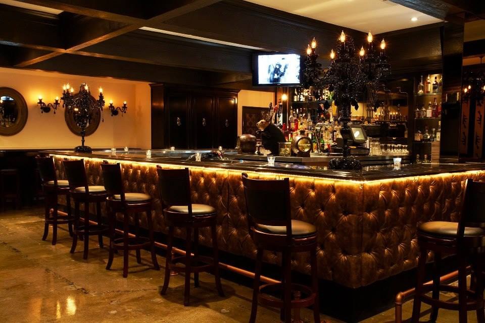 Carmine's Italian Restaurant and Bar